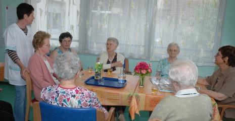 Salle à manger de l'appartement protégé de Nancy